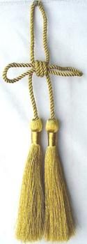 Thin cord with two classic tassels