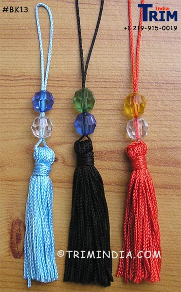 Chainette bookmark tassel