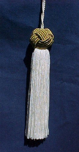 Ivory Tassel With Metallic Gold Turkknot